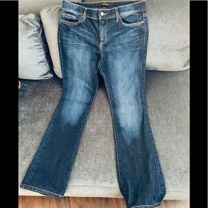 Super cute Joe's bootcut jeans